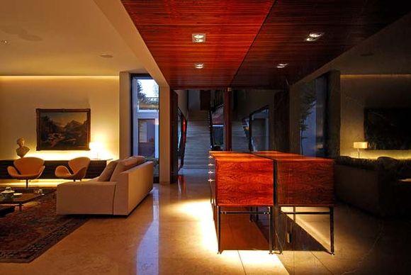 Fray-Leon-House-18